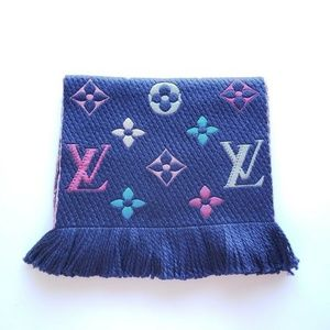 Louis Vuitton LV Logo Wool Silk Scarf - Multicolor